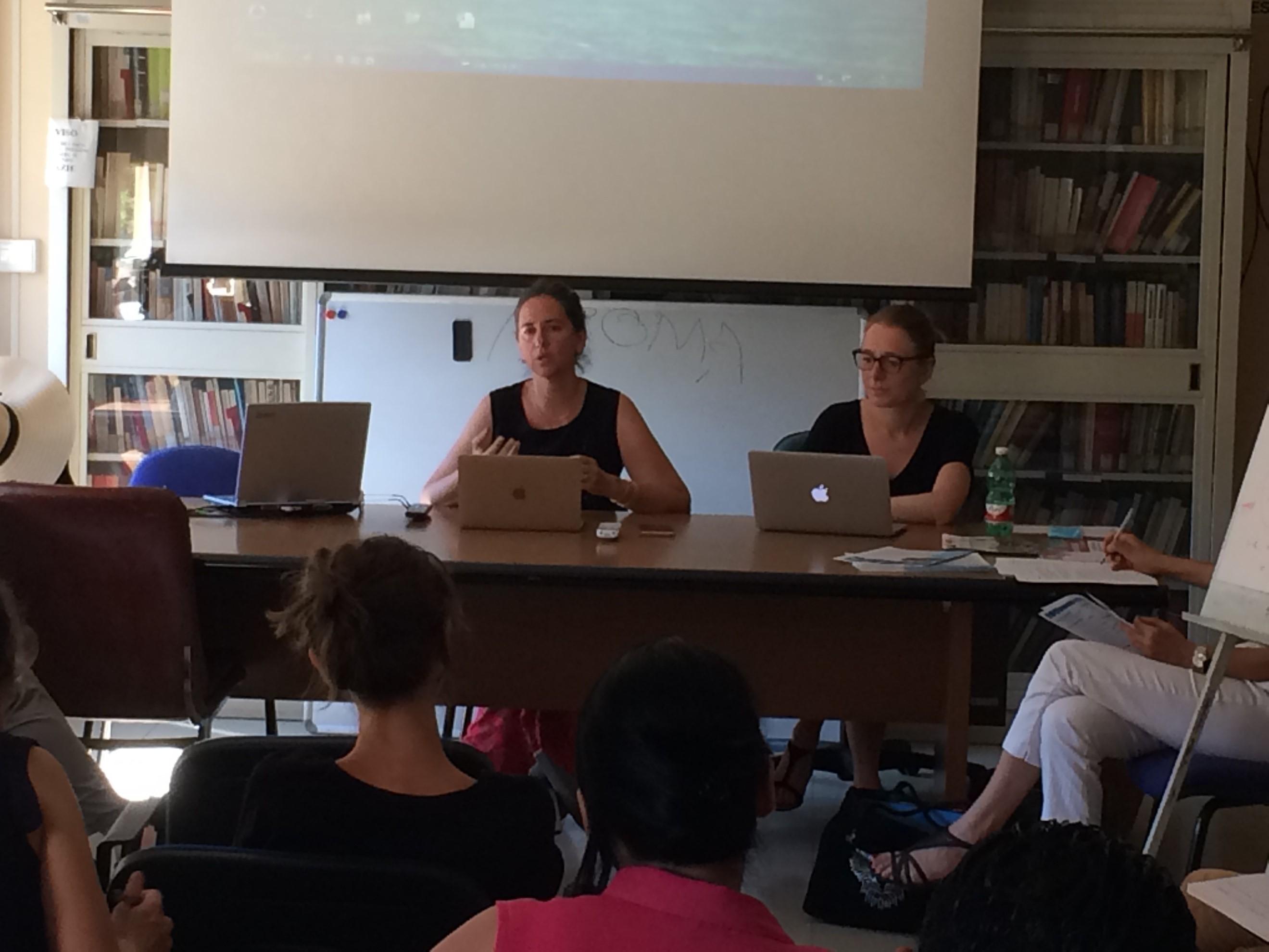 Introduction par Eleonora Canepari et Céline Regnard (crédits photographiques : Agnès Rabion, TELEMMe, CNRS-AMU)